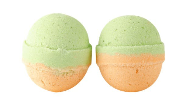 Refugee Bath Co bath bombs for Mother's Day