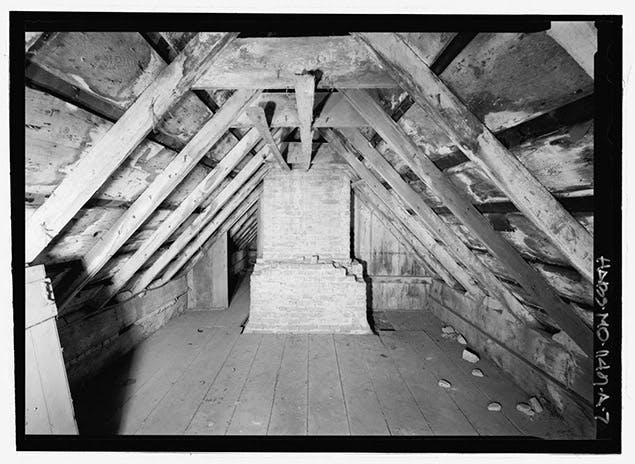 servant sleeping quarters in 1700s