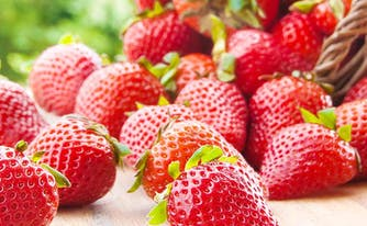 image of strawberries - best fruits for sleep