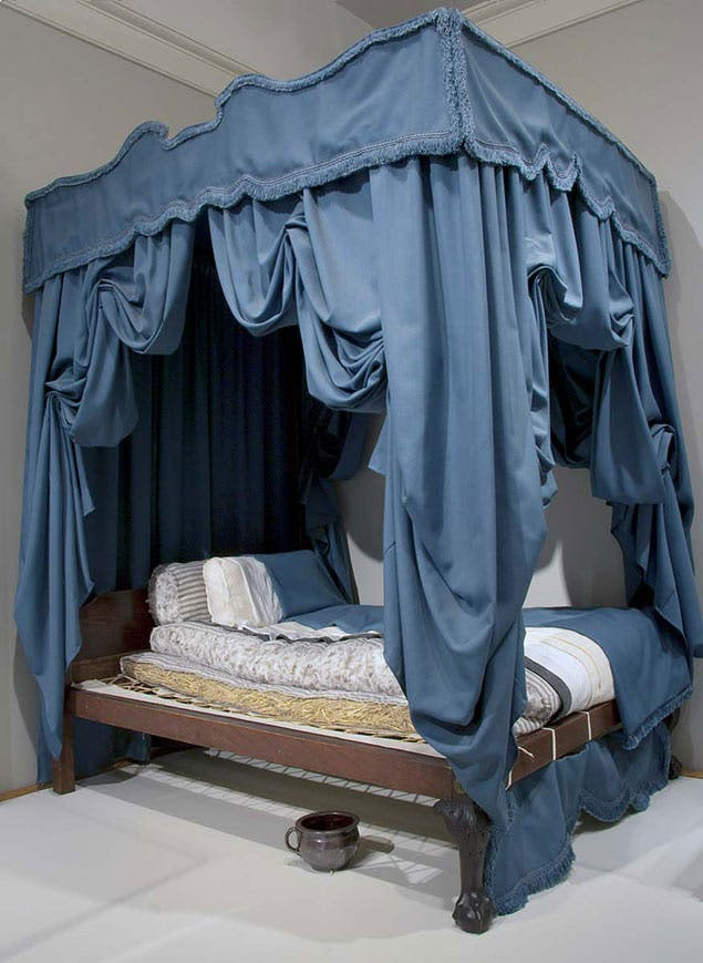 mattress with curtains from 1700s