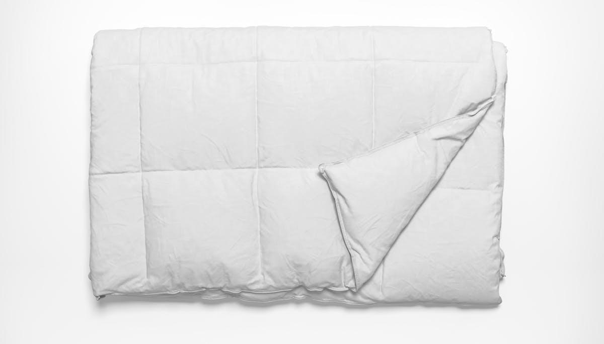 saatva all-year down alternative comforter
