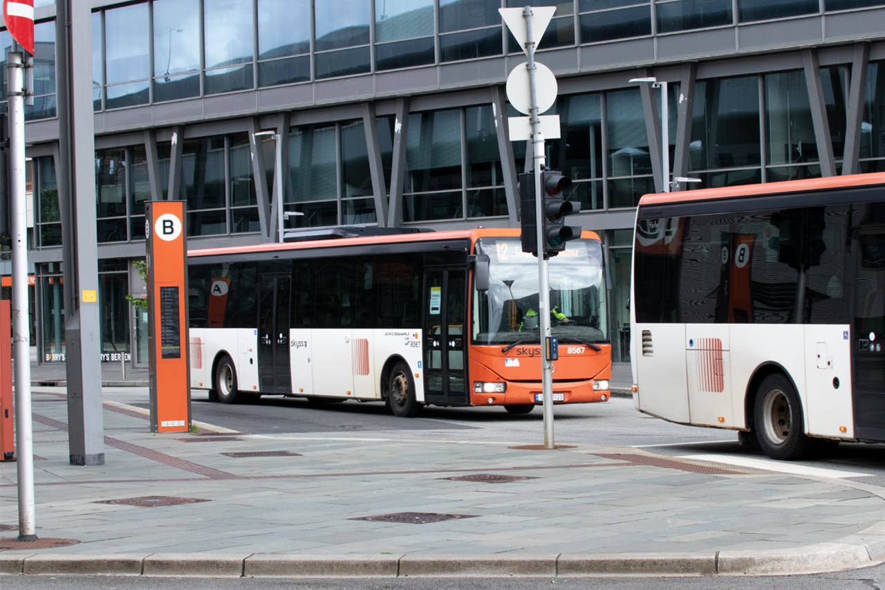For electrical buses to be trustworthy means of transport, the charging must function well