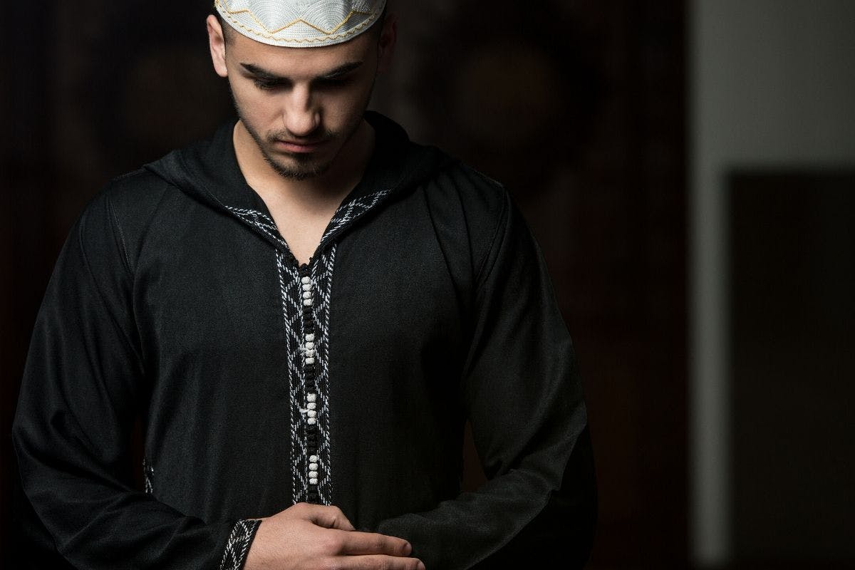 being-a-new-muslim-you-must-learn-how-to-pray-salah