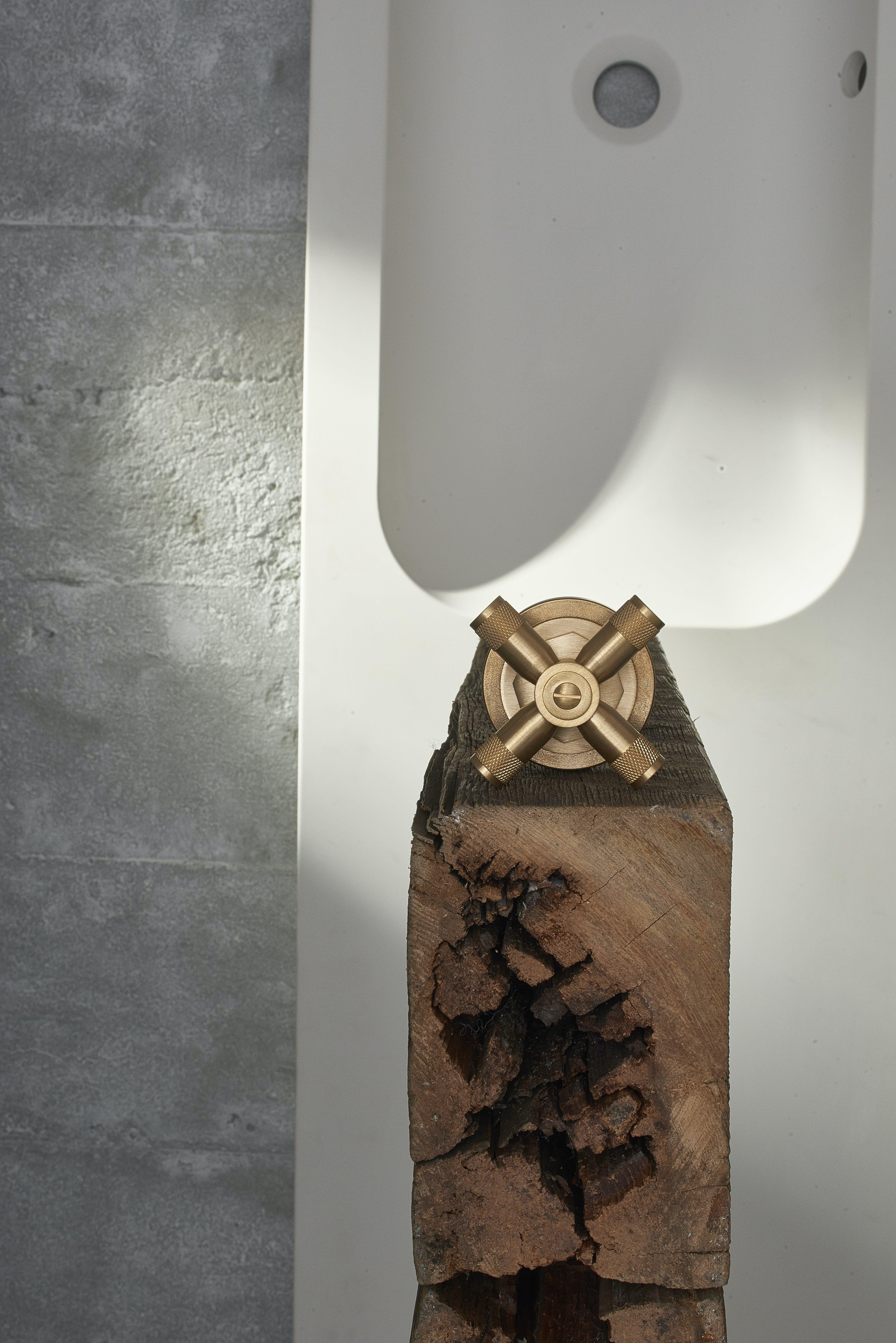 Samuel Heath LMK Industrial Bauhaus inspired cross top tap handle in a natural urban brass finish.