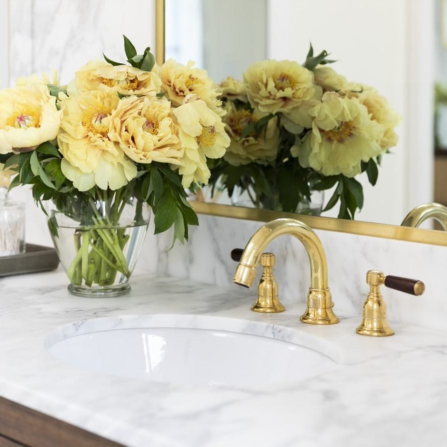 Samuel Heath unlacquered brass tap. Traditional Fairfield collection with wood levers.