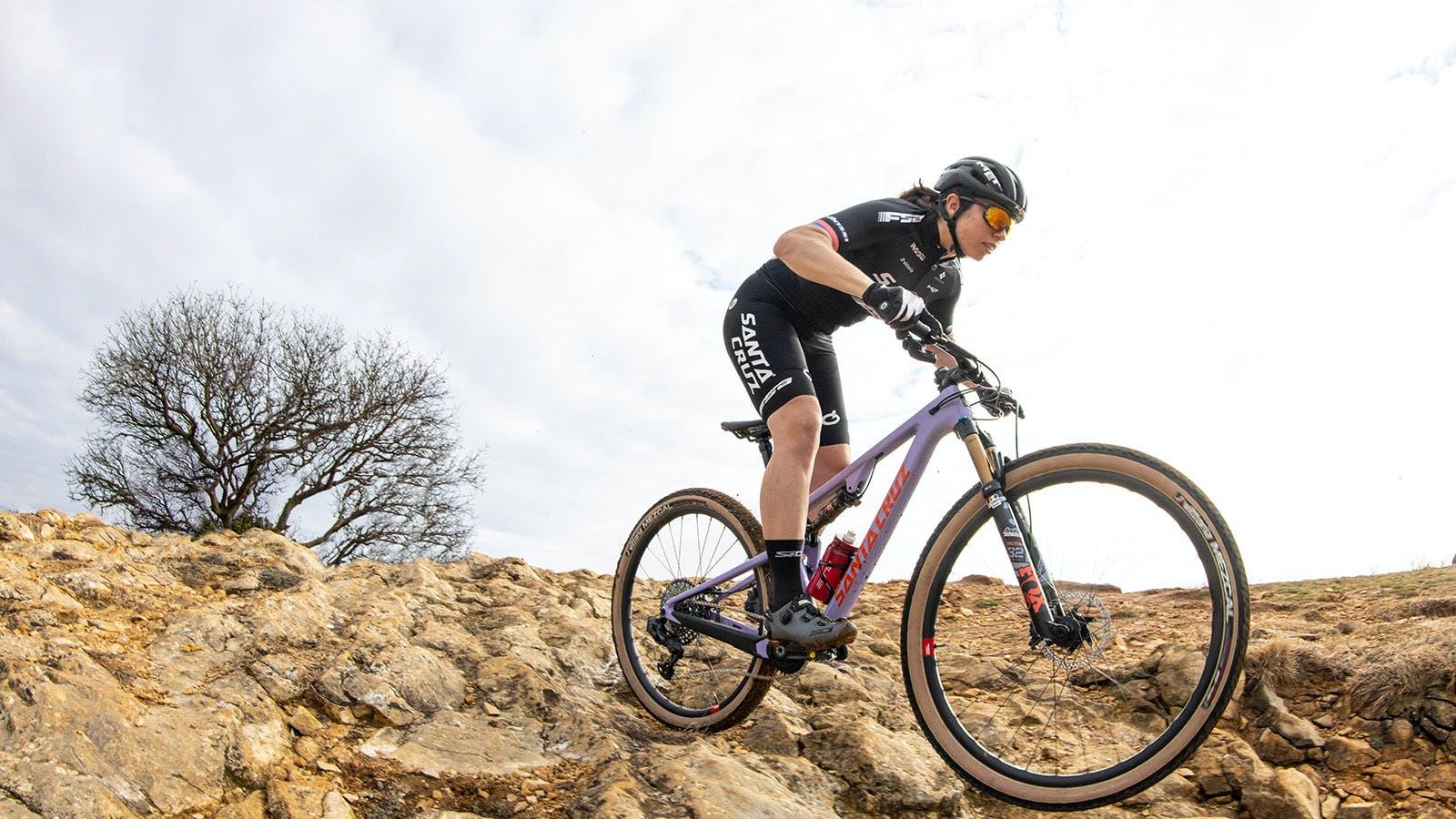 Martina Berta riding her purple Blur xc bike