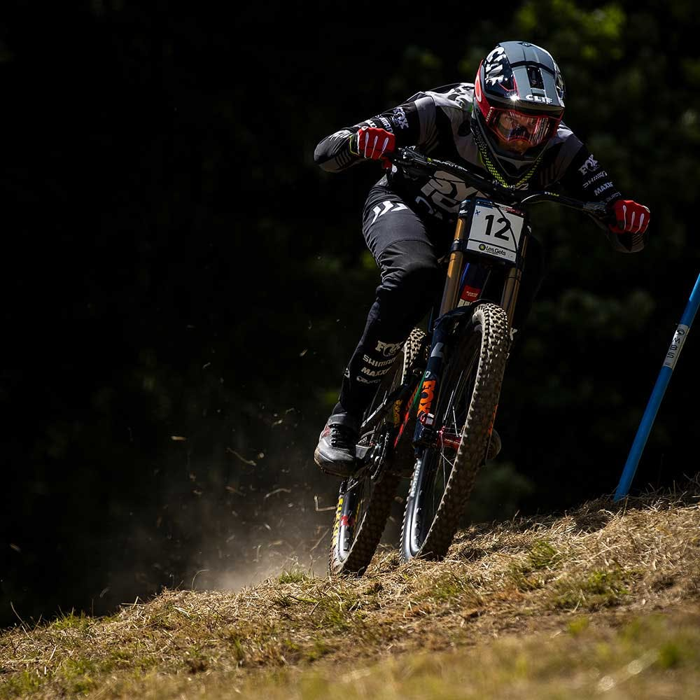 Racing the V10 at a World Cup downhill