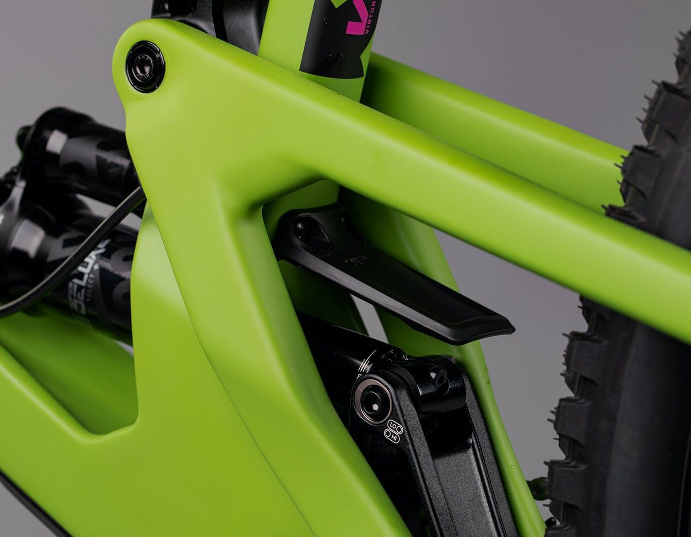 Lower link on adder green Nomad