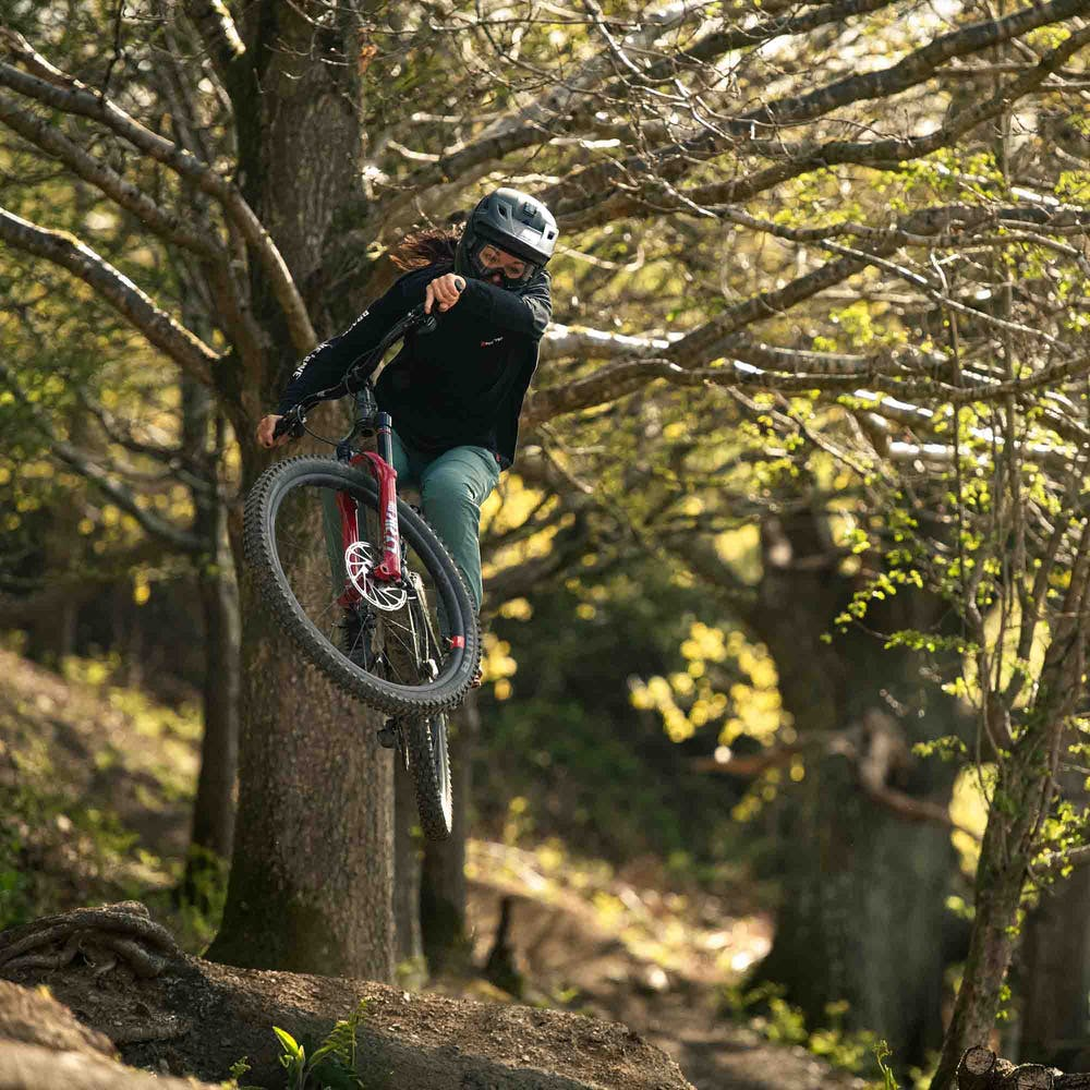 Jumping the Bronson mixed wheel mountain bike