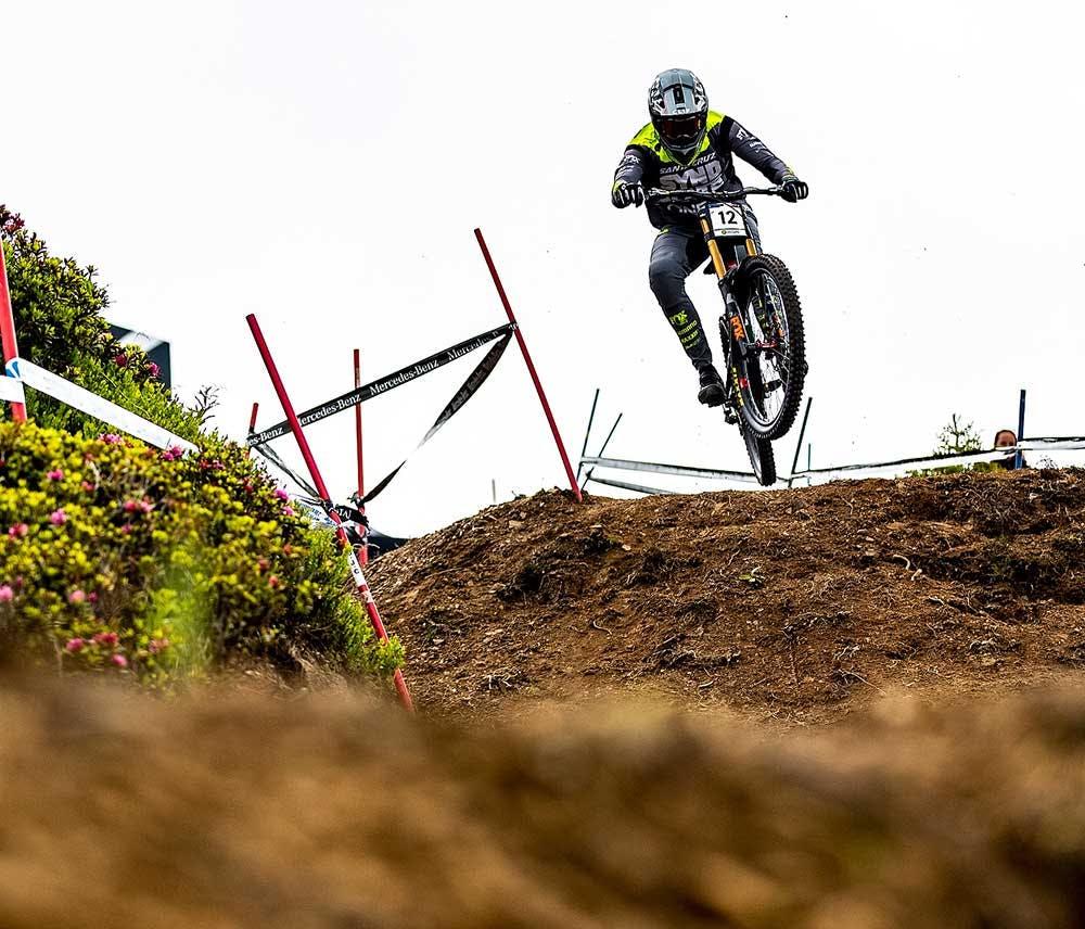 The Santa Cruz Syndicate's Luca Shaw riding his V10 at Les Gets