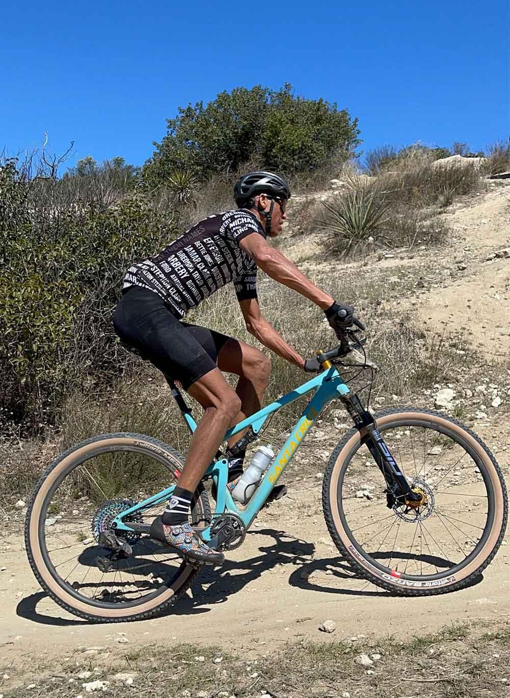 Reggie Miller riding his Santa Cruz Blur in the desert
