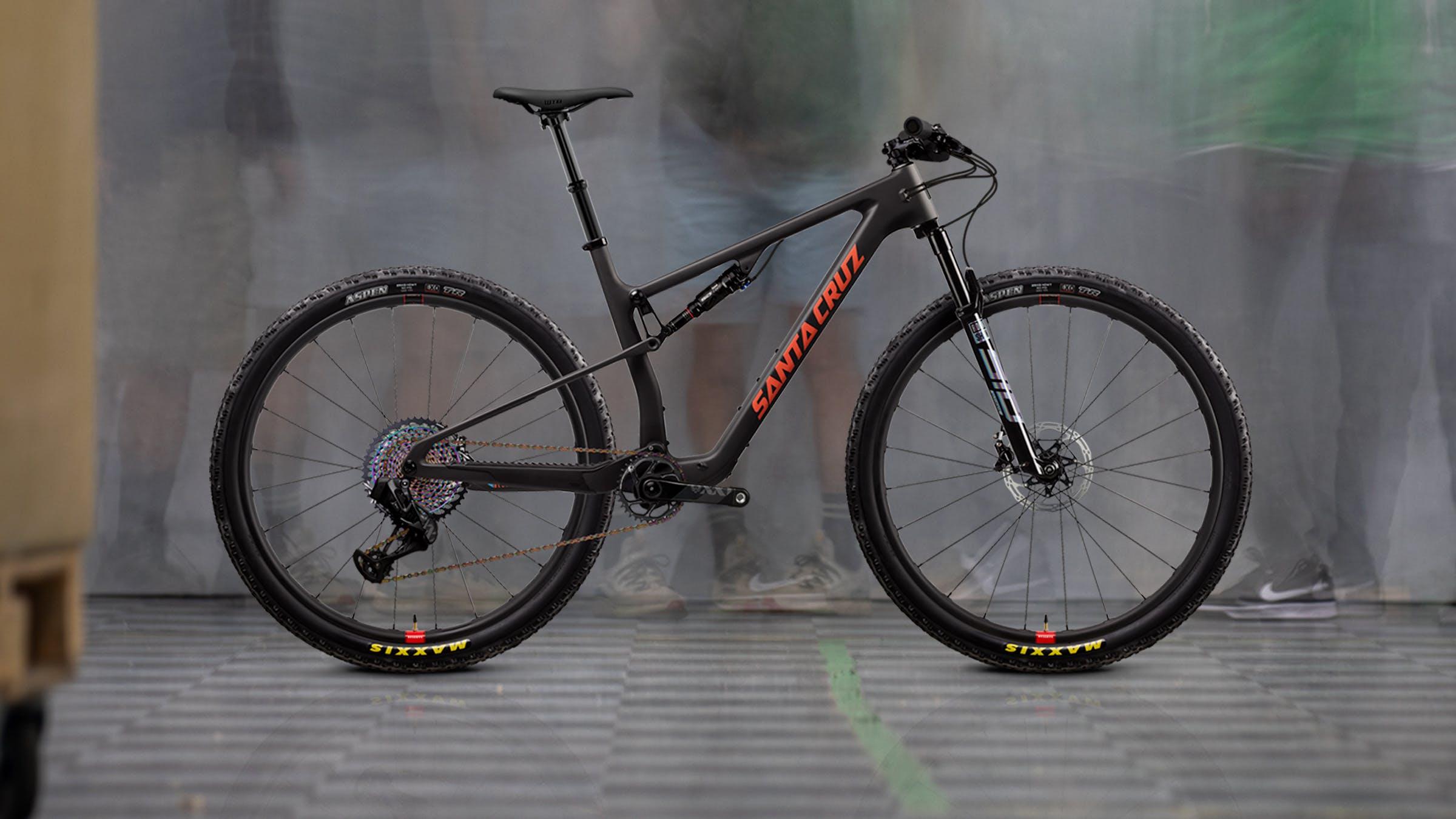 2022 Blur XX1 AXS Reserve XC bike in black