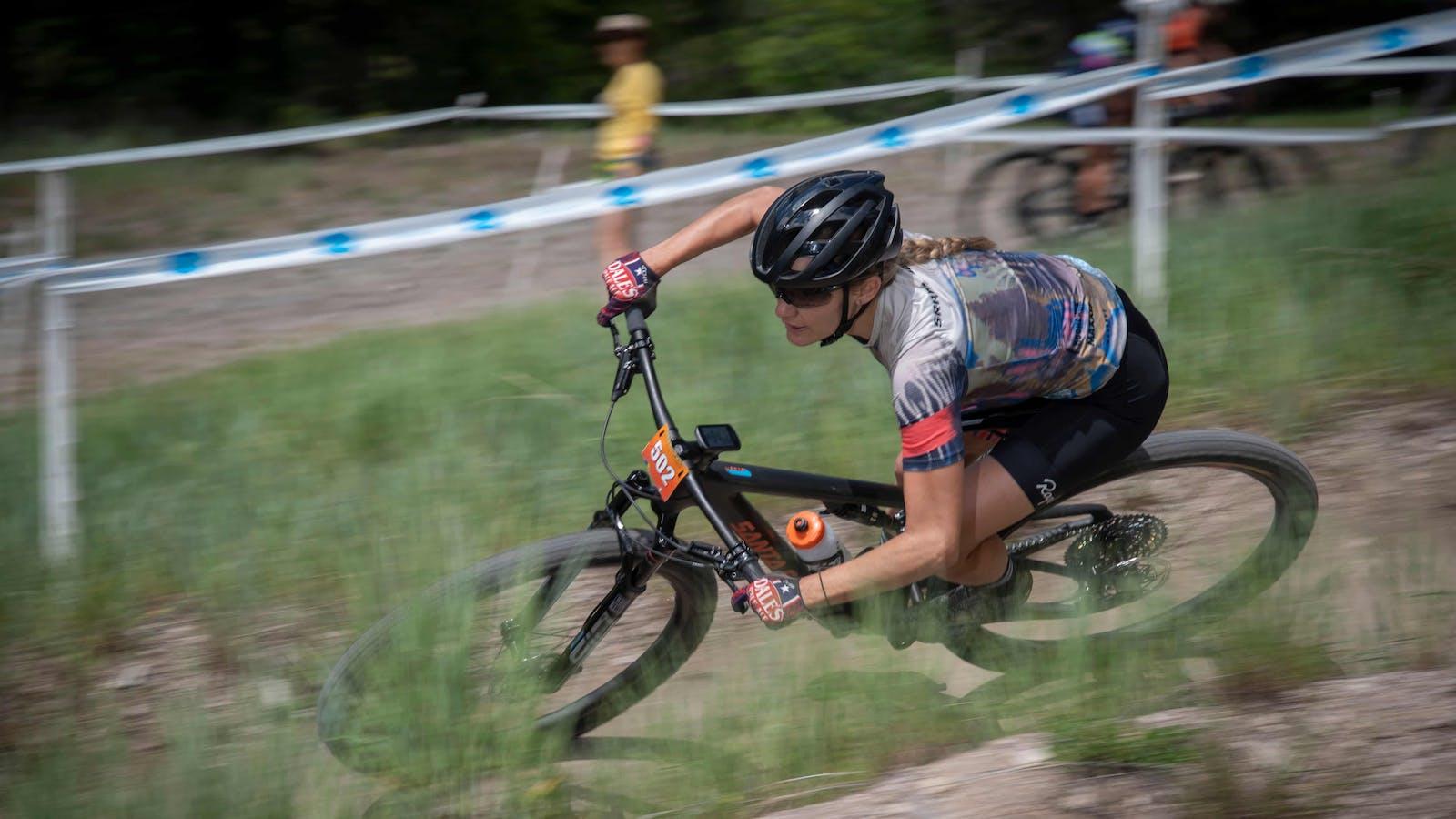 Alexis Skarda racing XC in Montana