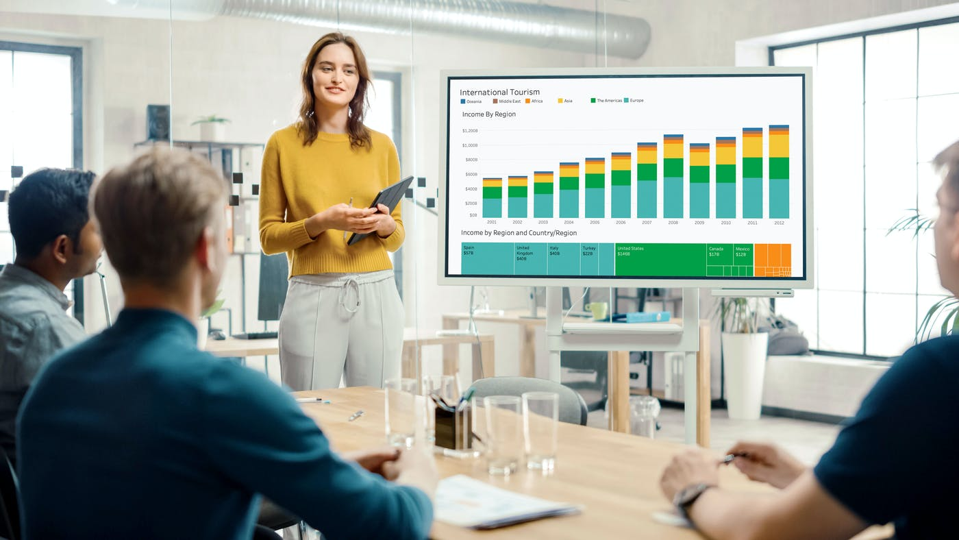Why Tableau is better than Excel: and why using Tableau with ScreenCloud Dashboards is even better than that