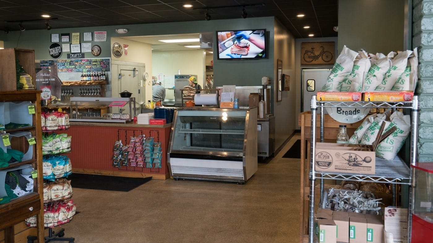 "How Nashville Deli Mitchell's Delicatessen Increased Sales Demand to ""Sold out"" Status Using ScreenCloud Menu Boards"