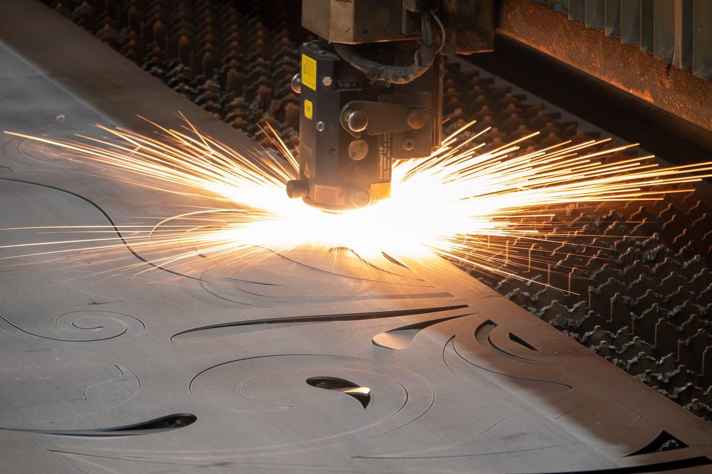 Digital Signage Dashboards for Manufacturing