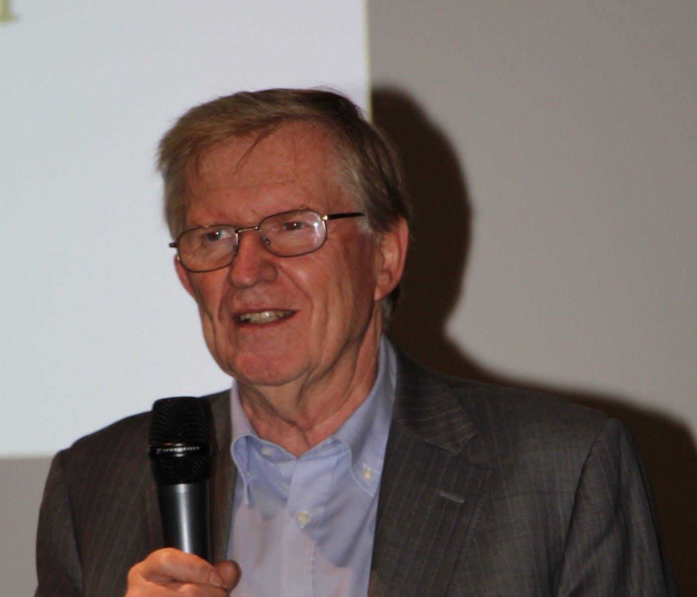 Dr. Werner Leixnering