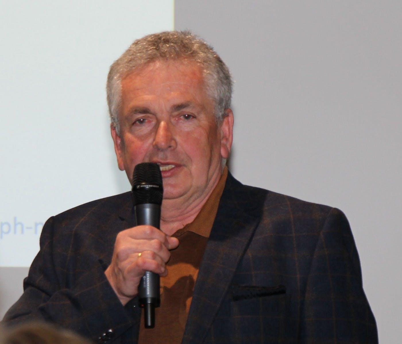 Mag. Dr. Alfred Brader