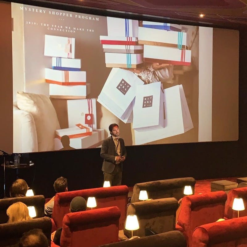 Lysander Oerlemans presents at Secret View Clients Day 2019