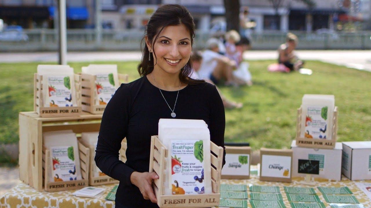 Kavita Shukla of The FRESHGLOW Co. SEEMA Woman Entrepreneur of the Year finalist.  SEEMA Entrepreneur,  SEEMA Woman.  SEEMA magazine.  SEEMA network.  Indian women leaders.  Boston TiE gala 2019