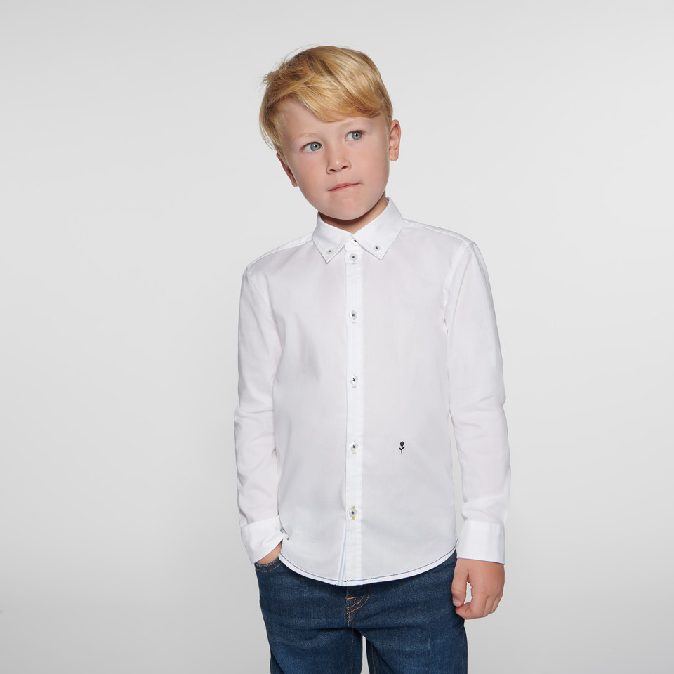 Shirt for kids in white with button-down-collar made of 100% cotton