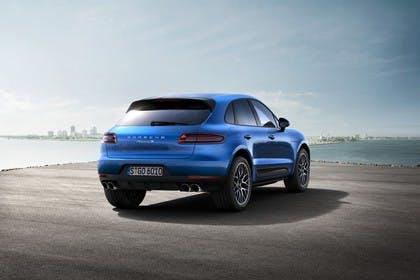 Porsche Macan S 95B Aussenansicht Heck schräg statisch blau
