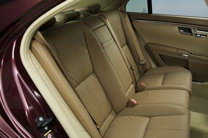 Mercedes-Benz S-Klasse W221 Innenansicht statisch Studio Rücksitze