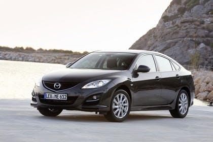 Mazda 6 Limousine GH Aussenansicht Front schräg statisch schwarz