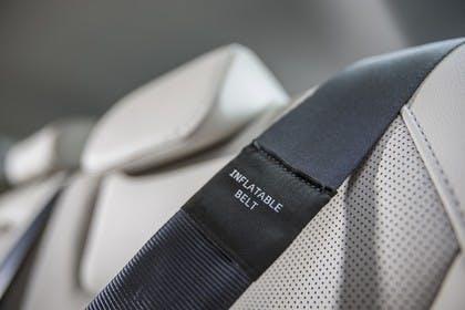 Ford Mondeo Turnier Mk5 Innenansicht aufblasbarer Sicherheitsgurt Detail