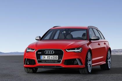 Audi RS6 Avant C7 Aussenansicht Front schräg statisch rot