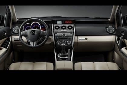 Mazda CX-7 Studio Innenansicht Front Front statisch beige schwarz