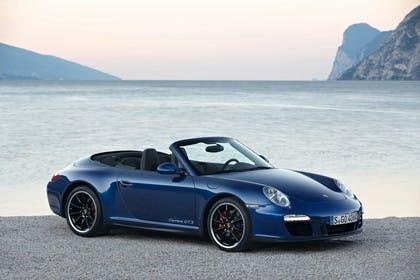 Porsche 911 Carrera GTS Cabriolet 997.2 Aussenansicht Seite schräg statisch dunkelblau