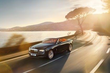 Rolls-Royce Dawn Aussenansicht Front schräg dynamisch schwarz