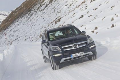 Mercedes-Benz GLS X166 Aussenansicht Front dynamsich blau