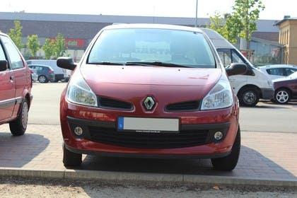 Renault Clio Dreitürer R Aussenansicht Front statisch rot