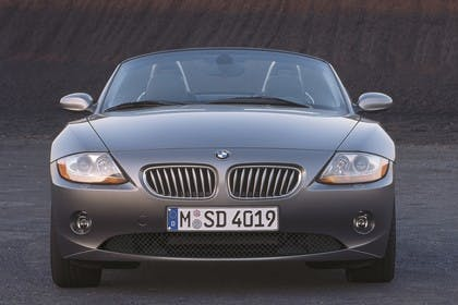 BMW Z4 Roadster E85 Aussenansicht Front statisch grau