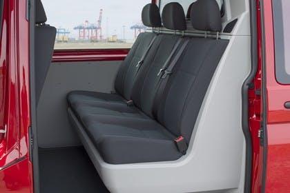 VW T6 Transporter Kastenwagen Plus Innenansicht statisch Rücksitze