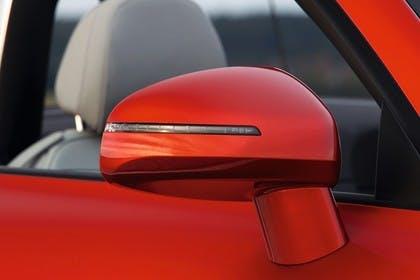 Audi TT 8J Aussenansicht Detail Spiegel statisch rot