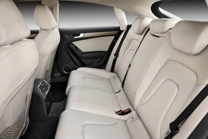 Audi A5 Sportback Innenansicht Rücksitzbank Studio statisch beige