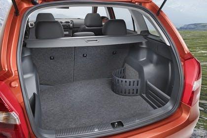 Skoda Fabia 5J Combi Aussenansicht Heck Kofferraum geöffnet statisch orange
