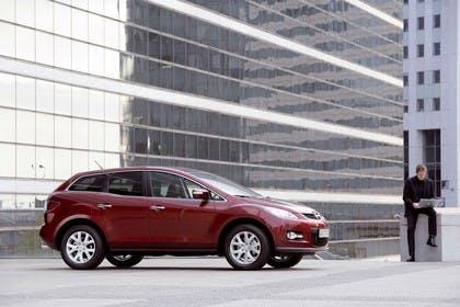 Mazda CX-7 Aussenansicht Seite statisch rot