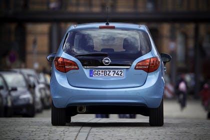 Opel Meriva B Aussenansicht Heck statisch blau