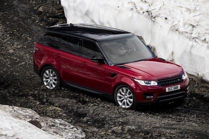 Land Rover Range Rover Sport LW Aussenansicht Seite dynamisch rot