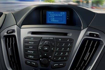 Ford Tourneo Custom 310 Innenansicht Armaturenbrett mit Infotainmentbildschrim
