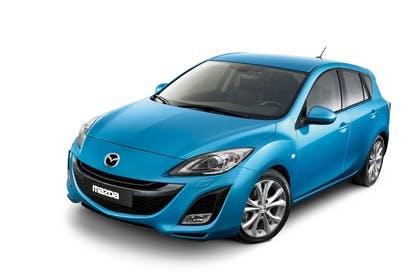 Mazda 3 Fünftürer BL Studio Aussenansicht Front schräg statisch blau