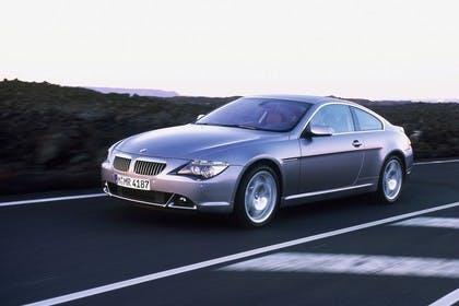 BMW 6er Coupé E63 Aussenansicht Front schräg dynamisch grau