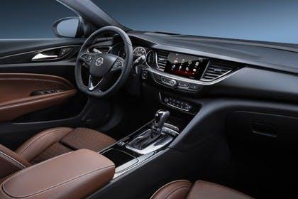 Opel Insignia B Sports Tourer Innenansicht Beifahrerposition Studio statisch braun