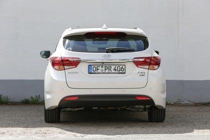 Hyundai i40 Kombi YF Aussenansicht Front statisch weiß