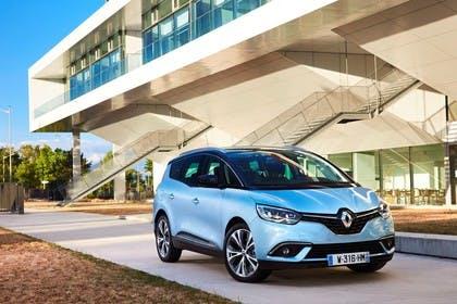Renault Grand Scenic RFA Aussenansicht Front schräg statisch blau