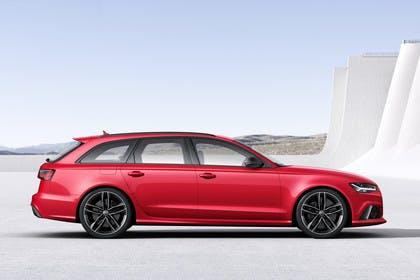 Audi RS6 Avant C7 Aussenansicht Seite statisch rot